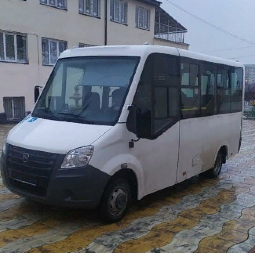 Минтранс Дагестана передал дому-интернату «Забота» микроавтобус
