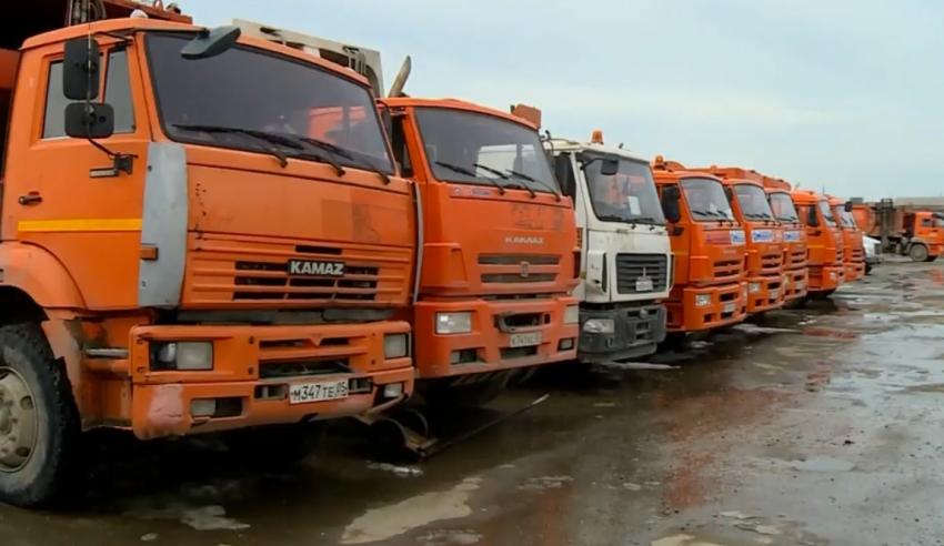 По инициативе Меликова в Дагестан поступило 20 мусоровозов