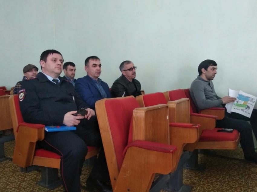 Бизнес-омбудсмен РД встретился с предпринимателями Дагестанских Огней