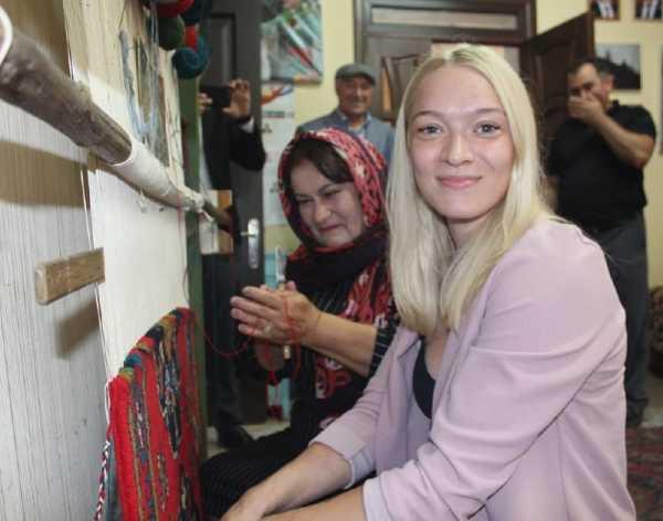 В Хивском районе чествовали российскую гимнастку – чемпионку мира Татьяну Набиеву