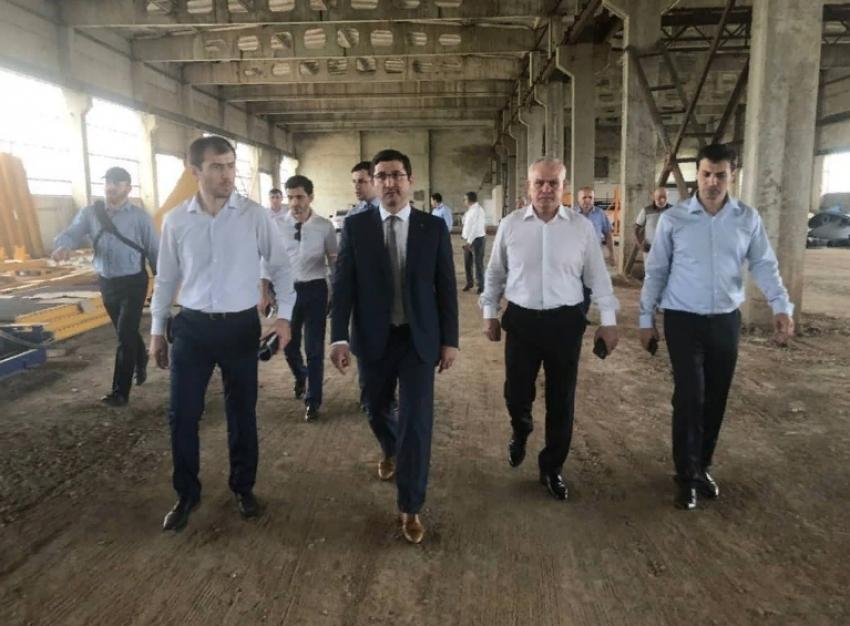 Гаджимагомед Гусейнов с рабочим визитом посетил Дагестанские Огни