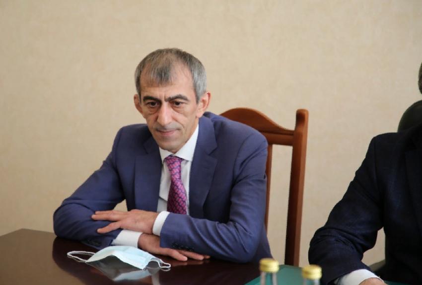 Коллективу минэкономразвития Дагестана представили нового руководителя