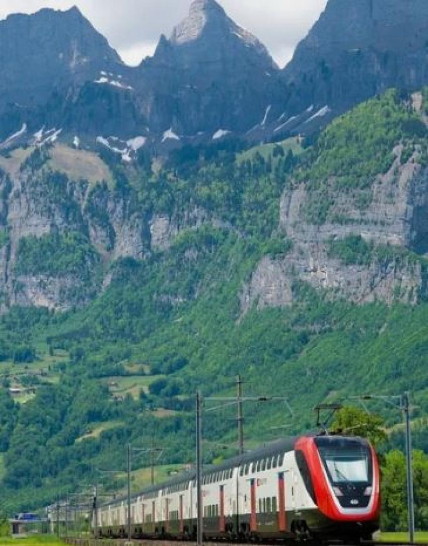 Новый железнодорожный маршрут свяжет Сочи, Грозный, Махачкалу и Дербент