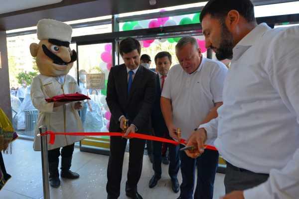 В Каспийске открылся супермаркет «Зелёное яблоко»