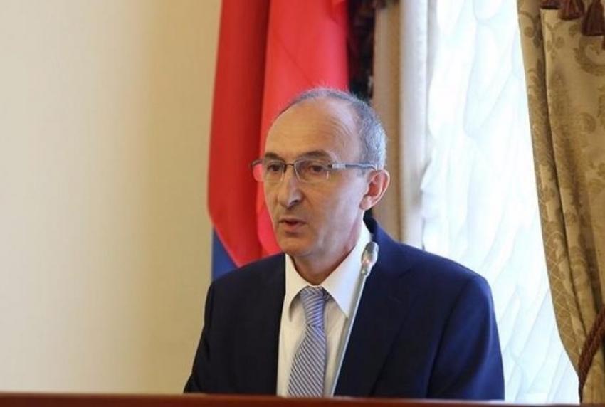 Артем Здунов назначил себе нового советника