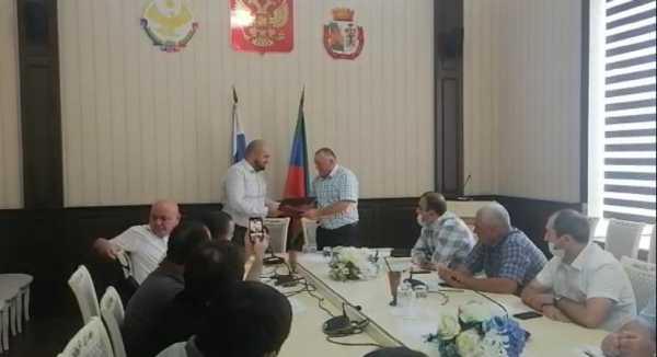 Власти Дербента совместно с Гильдией строителей СКФО обсудили совместное сотрудничество