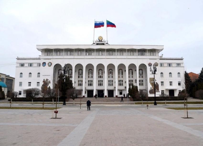 Глава Дагестана предложил укреплять добрососедские отношения с регионами