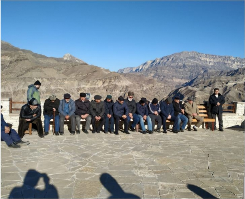 В Дагестане почтили память имама Шамиля