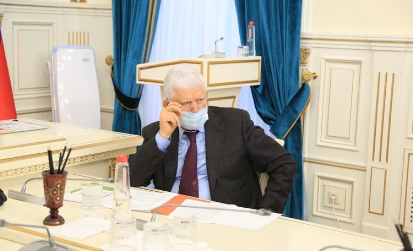 В Дагестане планируют нормативно закрепить требование носить маски