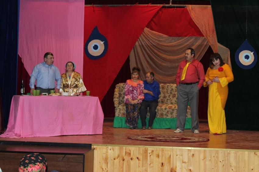 Табасаранский театр посетил с гастролями Хивский район