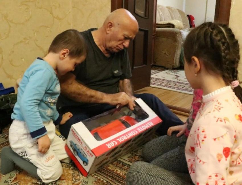 Камил Саидов навестил детей, возвращенных из Сирии