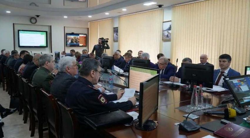 В МЧС Дагестана обсудили готовность к пожароопасному периоду 2020 года