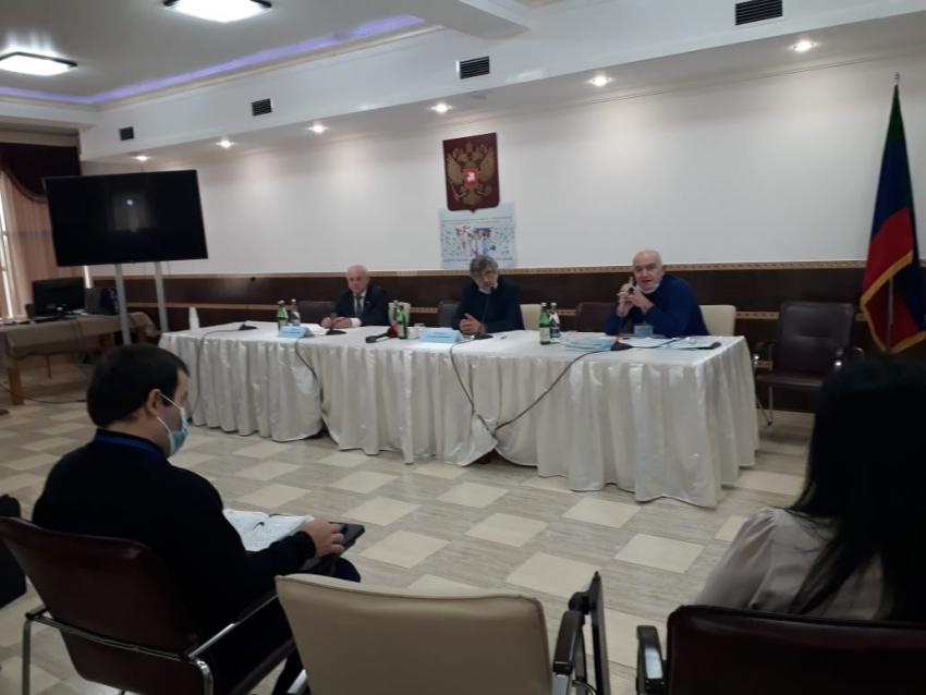 """В Дагестане пройдет второй этап Всероссийской акции """"Слава врачам"""""""