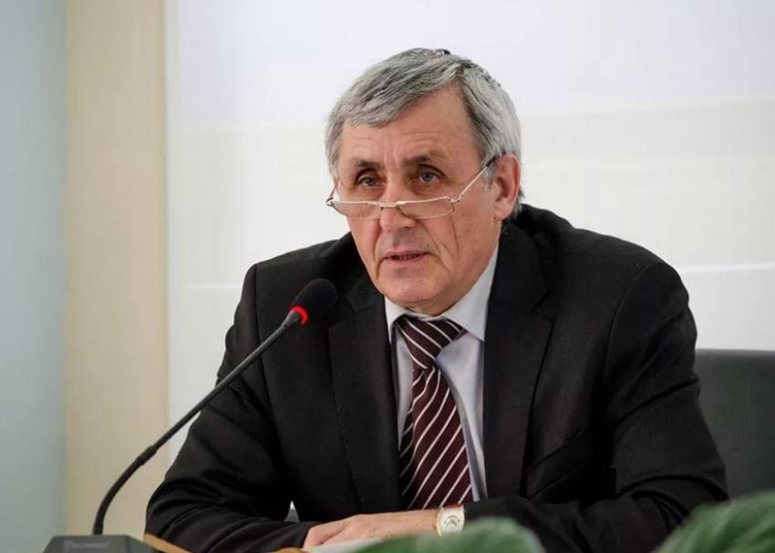 Эдуард Уразаев прокомментировал первые полгода работы Сергея Меликова на посту врио главы РД