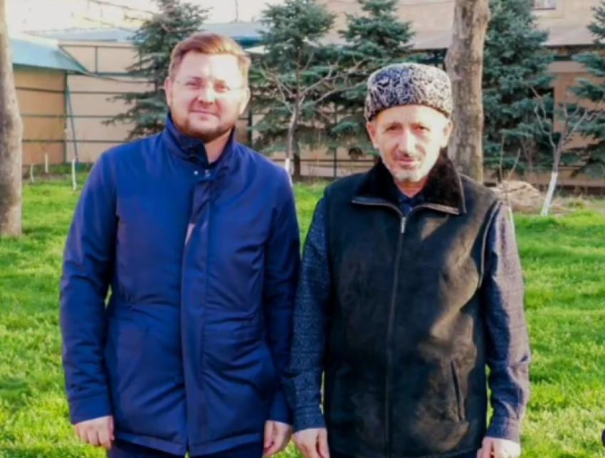 Мэр Махачкалы и муфтий Дагестана обсудили вопросы вакцинации жителей