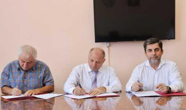О подписании соглашения о сотрудничестве между Общественной палатой и рядом общественных организаций по наблюдению за выборами