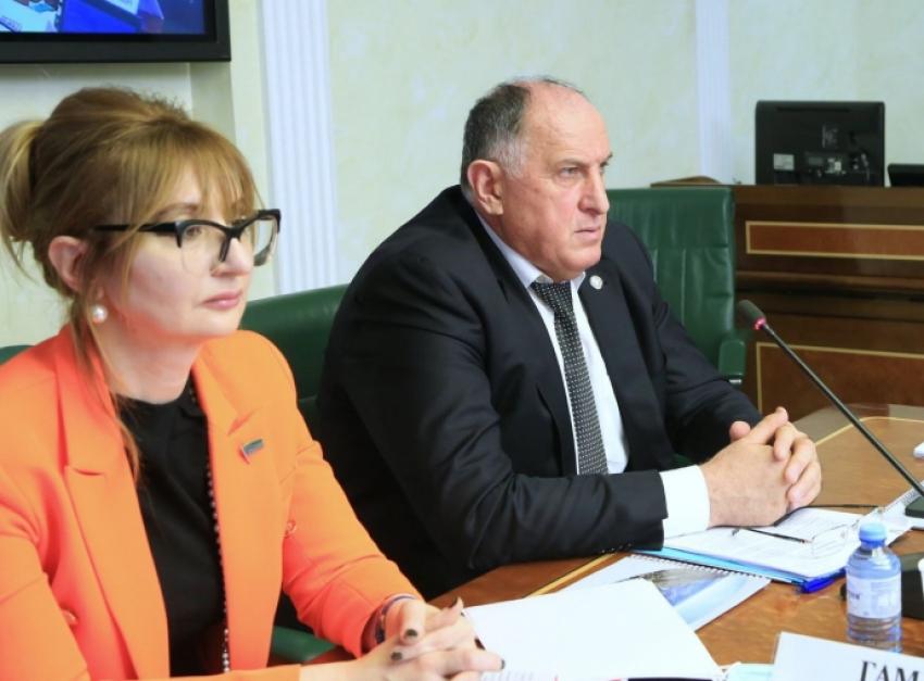 Абдулмуслимов заявил о необходимости дополнительного финансирования мелиоративных мероприятий в Дагестане