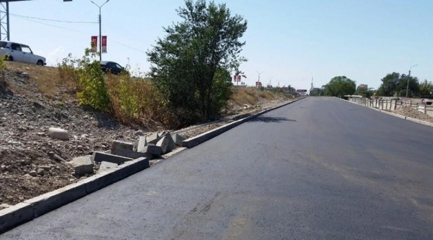 Власти Дагестана направят на ремонт дорог более 1 млрд рублей