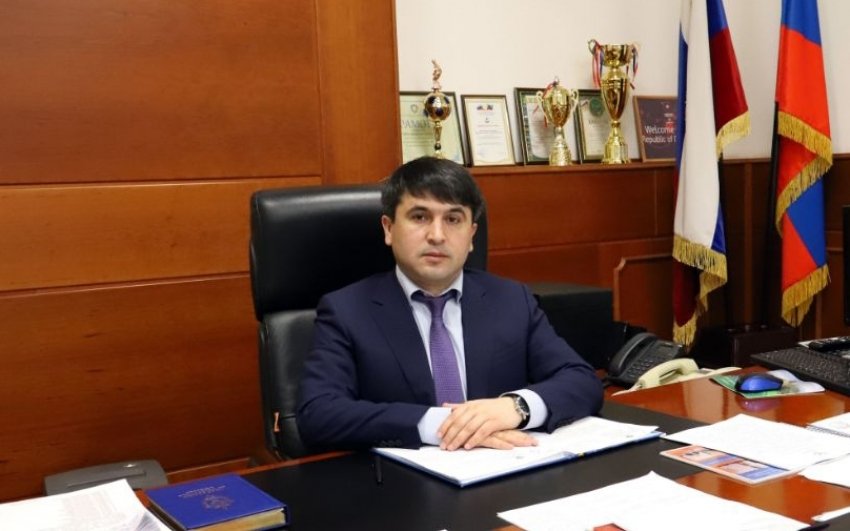 Магомед Курбанов поздравил жителей Табасаранского района с Новым годом