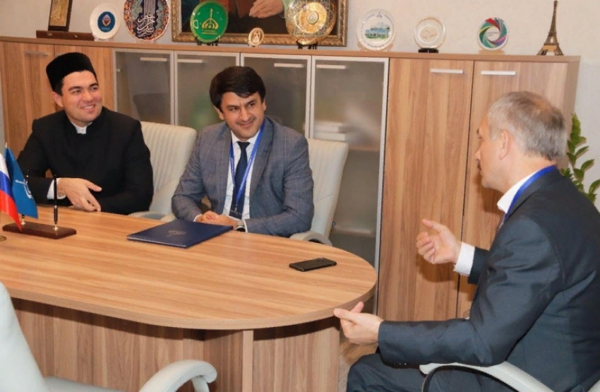ДГИ и Болгарская исламская академия подписали соглашение о сотрудничестве