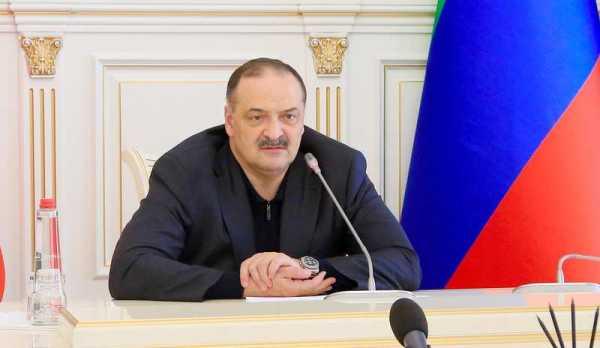 Глава Дагестана предложил уволиться главам районов, где плохо организована вакцинация