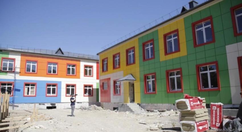 В Дербенте идет строительство детского сада на 140 мест