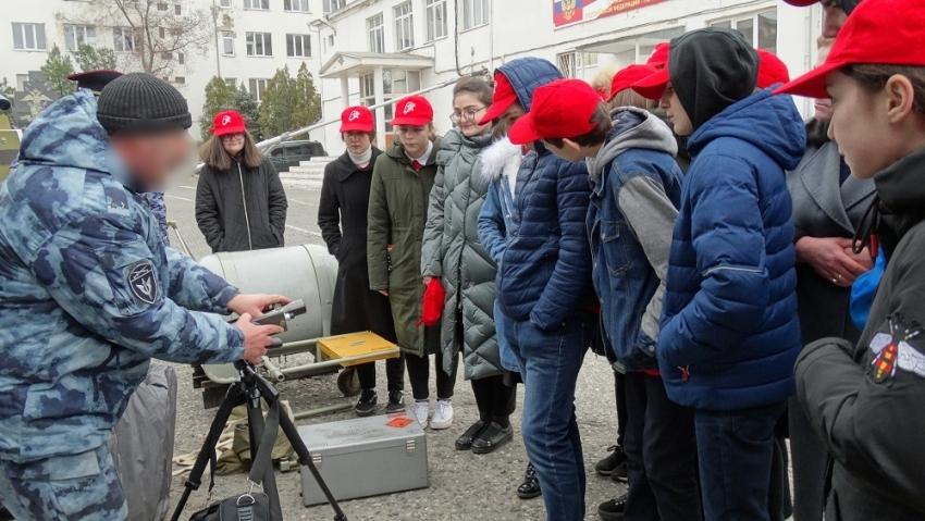 В Дагестане отметили 25-летие инженерно-технических служб Росгвардии