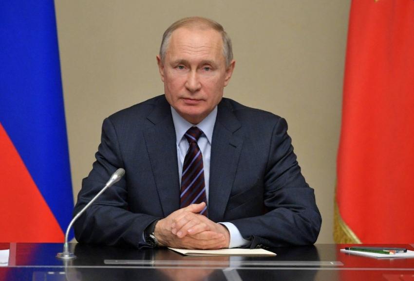 Путин заявил о продлении льгот и пособий на полгода
