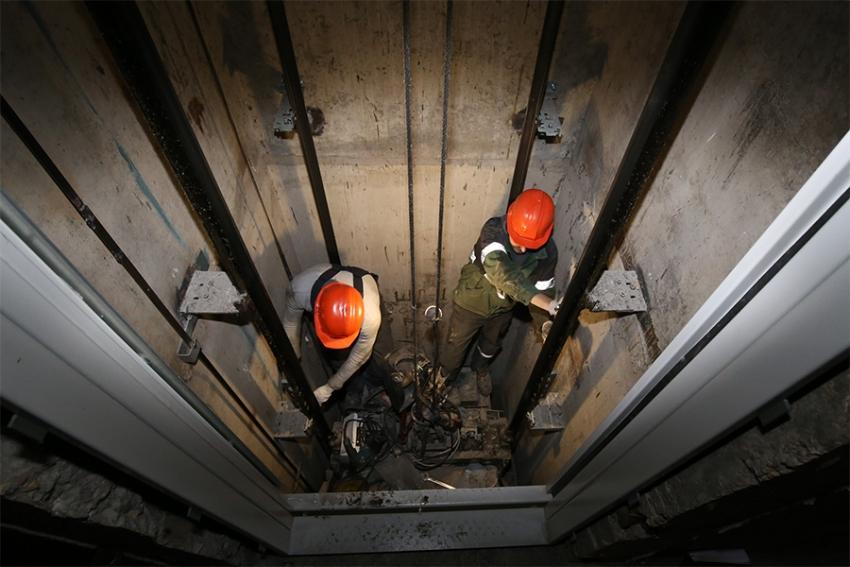 В Дагестане планируют за 4 года заменить все устаревшие лифты