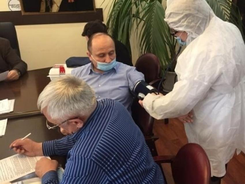 Сотрудники дагестанского Минфина проходят вакцинацию