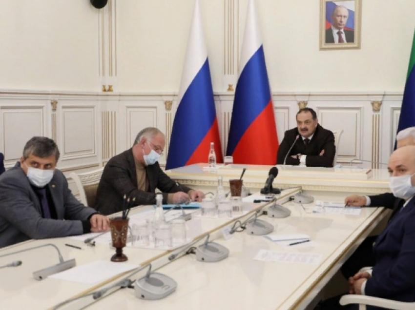 Глава Дагестана положительно оценил работу Минздрава в новогодние каникулы