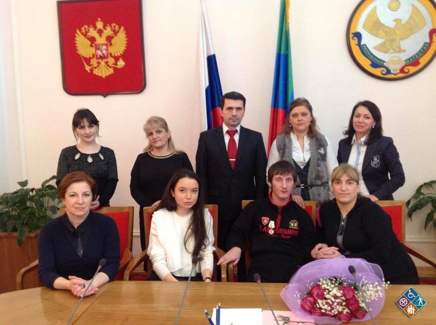 Изумруд Мугутдинова встретилась с мамой Малика Ахмадова