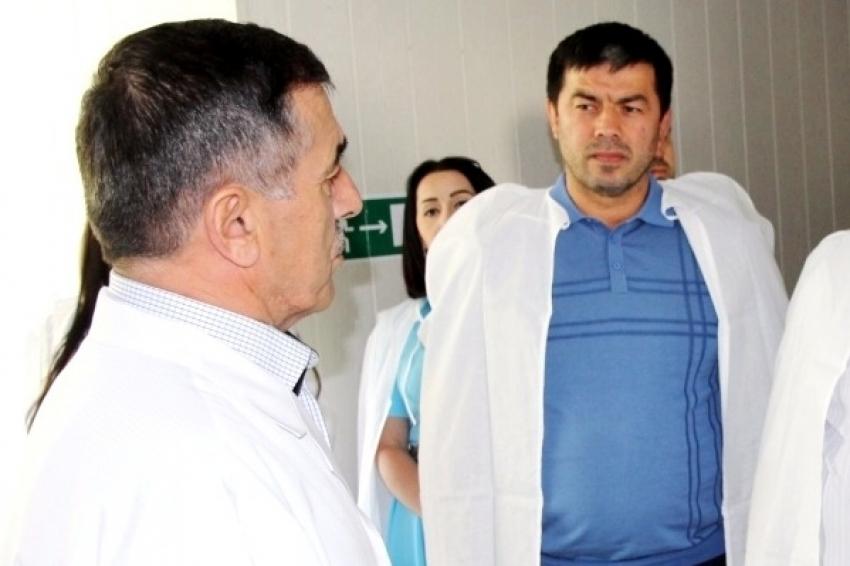 Глава Гумбетовского района обратился к меценатам за помощью
