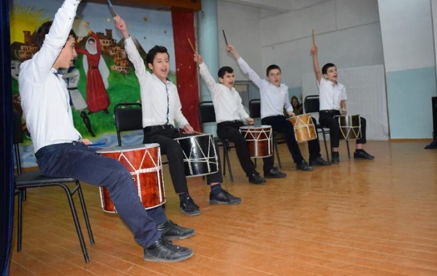 Росгвардейцы Дагестана приняли участие в брейн-ринге, посвященном Великой Победе