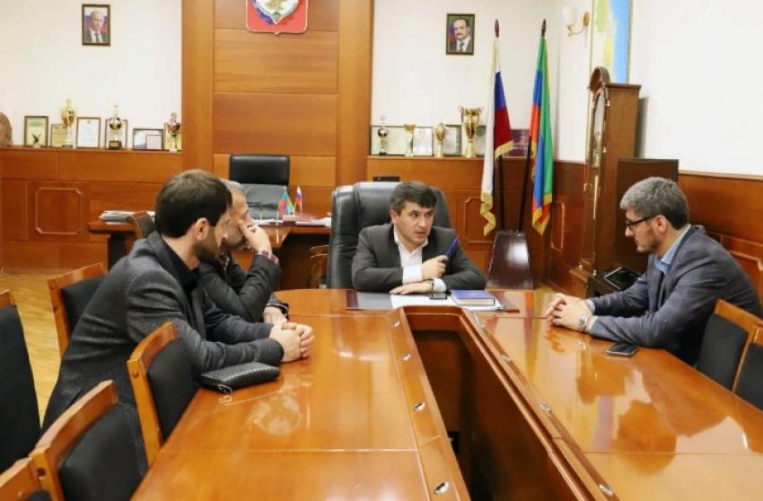 Магомед Курбанов обсудил с общественниками вопросы развития предпринимательства