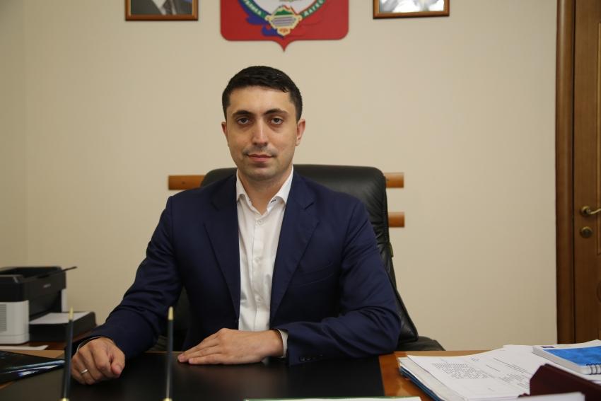Камил Саидов прокомментировал поправку в Конституцию