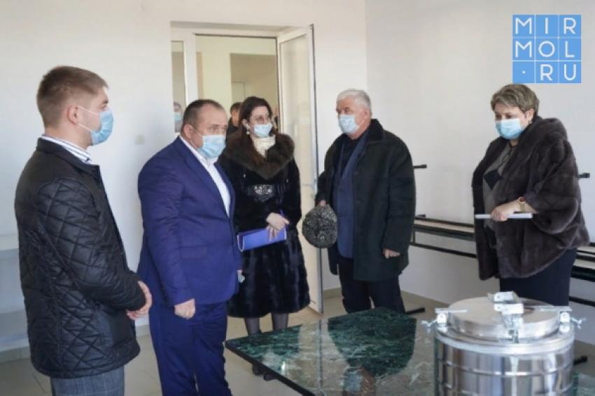 Медцентр в Ботаюрте и новый корпус Хасавюртовской ЦРП начнут прием коронавирусных пациентов