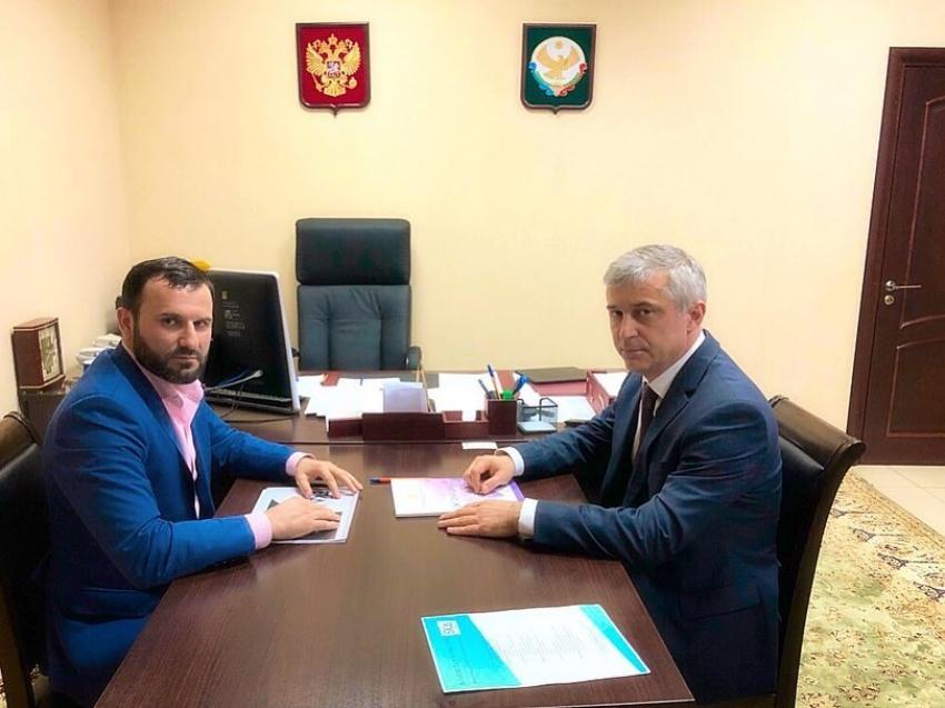 Бейдулах Исаев встретился с бизнес-омбудсменом Дагестана