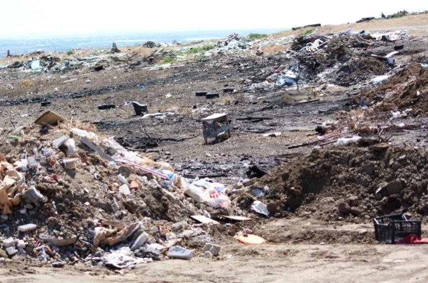 В Карабудахкентском районе обнаружена стихийная свалка
