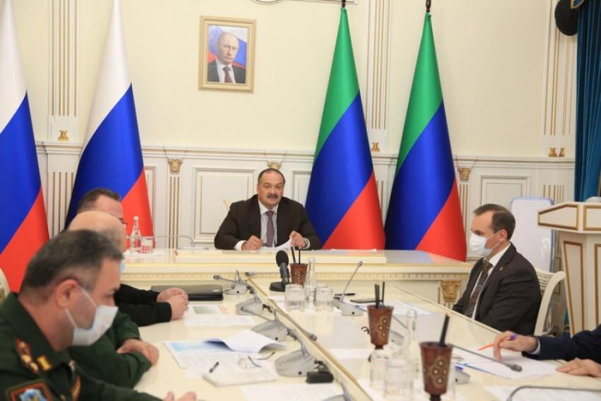 Воспитательную работу с призывниками обсудили в правительстве Дагестана