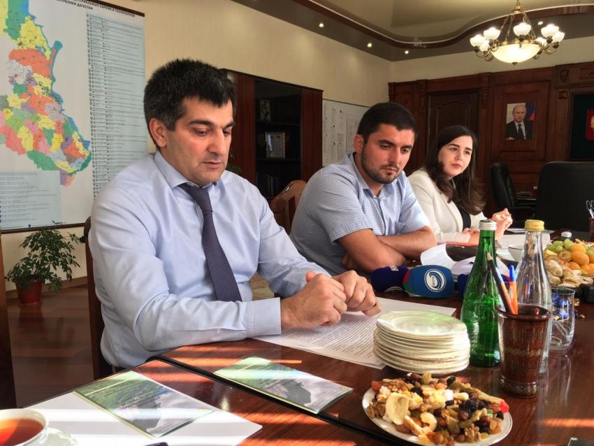 Гаджи Султанов обсудил с журналистами развитие горных территорий Дагестана