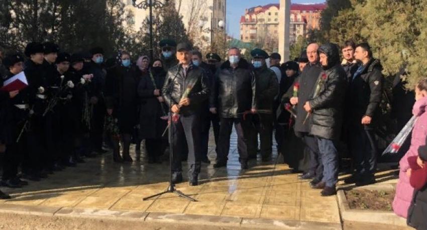 На месте взорванного дома в Каспийске появится аллея