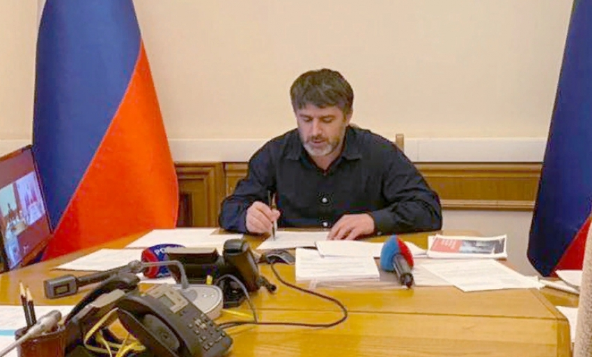Сергей Меликов выслушал обращение Салима Халитова