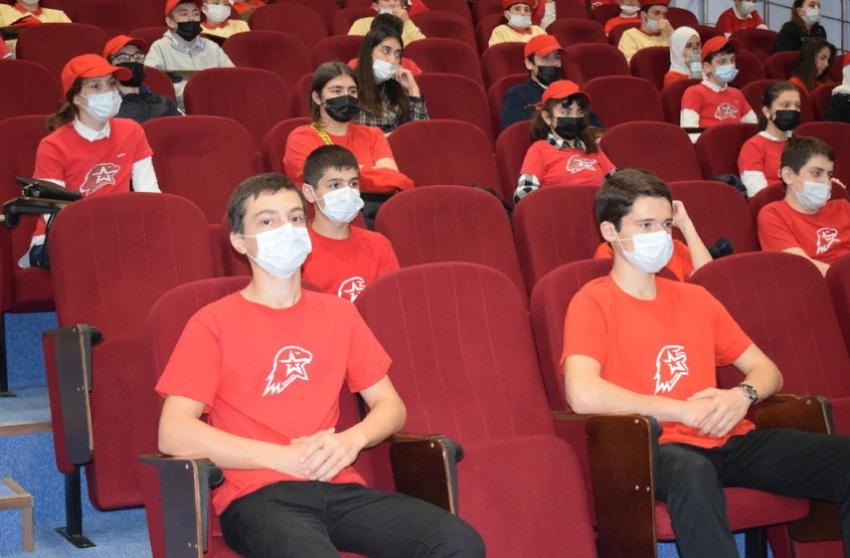 Фестиваль юнармейцев в Дагестане посетили представители Росгвардии