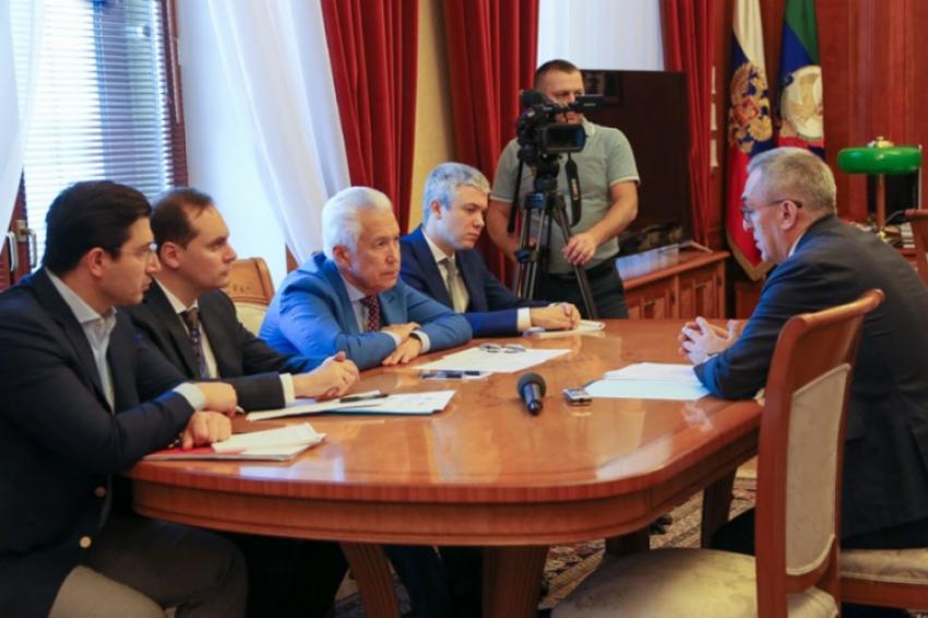 Глава Дагестана встретился с врио министра здравоохранения РД