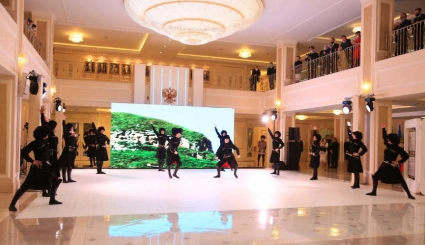 Ансамбль «Лезгинка» выступил в Совете Федерации в Москве