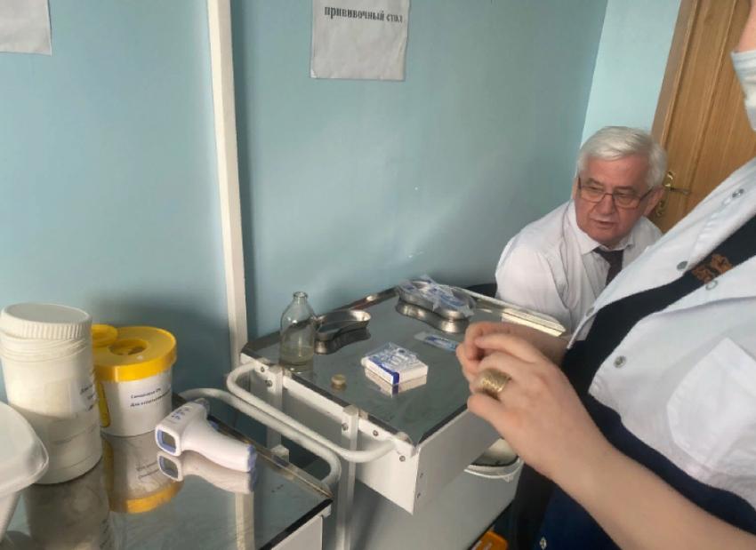 Ширухан Гаджимурадов вакцинировался от COVID-19