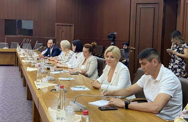 Нюсрет Омаров встретился с участниками образовательного модуля DPA