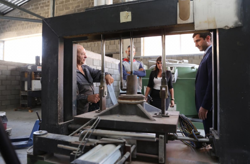 На обувной фабрике в Буйнакске запущено высокотехнологичное оборудование