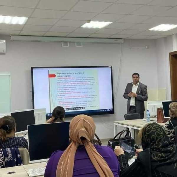 Учитель из Табасаранского района стал победителем республиканского конкурса на присуждение премий лучшим учителям